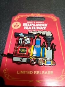 Disney Mickey's Runaway Railway Goofy Train Engine Limited Release Connecter Pin