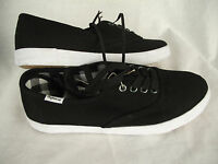 BNWT Older Boys Sz 2 Rivers Doghouse Cool Black Casual Athletic Jogger Shoes