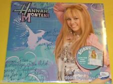 Hannah Montana 2009 Pictorial Calendar 16 Months- Great Pictures! Nice SEE!