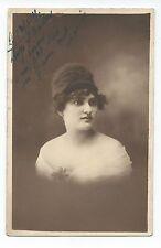 BM675 Carte Photo vintage card RPPC Femme portrait dédicace cadre estompé