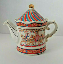 Windsor Carousel Porcelain Tea Pot, Made in England