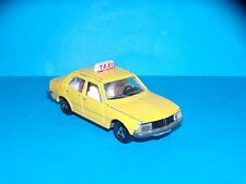 MAJORETTE - RENAULT 18 TAXI - N° 266 - MADE IN FRANCE
