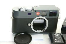 LEICA M-E (Typ 220) Digitalkamera, Auslösungen /shutter count: 13705