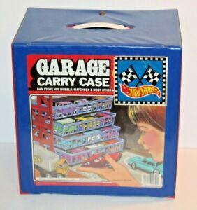 Vintage 1984 Tara Toy Corp Garage 72 Car Carry Carrying Case