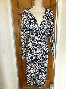Pretty navy blue and cream wrap effect dress from kaleidoscope size 18