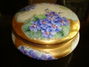 """ANTIQUE LIMOGES VIGNAUD HAND PAINTED JEWELRY BOX, VIOLETS & HEAVY GOLD, LARGE 7"""""""