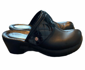 CROCS black leather and patent leather clogs 8