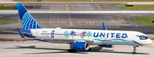 WHITEBOX MODELS 1:400 UNITED AIRLINES B757-200 CALIFORNIA N14106 IN STOCK