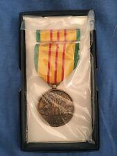 1969 Dated Original Boxed Us Vietnam War Service Medal Ribbon Bar G.I. Issue Set