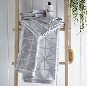 Glacier Silver Grey Hand Towel 100% Cotton Geometric Pattern Towel Super Soft