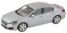 Peugeot 508 Mi-vie Limousine 2014 argent argent métallique 1:43 Norev