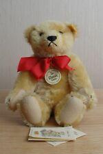 Steiff Collectors Bear (1909 Classic) Numéro 000355.