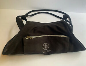 Gaiam Black And Gray On-The-Go Yoga Mat Carrier Paisley Patterned Interior