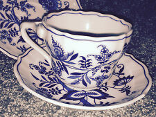 BLUE DANUBE Vintage TEA CUP AND 2 SAUCERS Japan ONION PATTERN Rectangle Logo