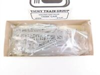 HO Scale Tichy Train Kit 4020 Undecorated USRA Single Dome Tank Car