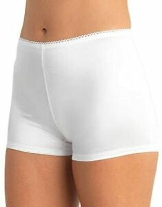 3 pairs VASSARETTE UNDERSHAPERS light control BOYSHORTS Panty WHITE 8 / XL