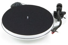 Pro-Ject RPM 1 Carbon Turntable White Vinyl Record Player Best - Ortofon 2m Red