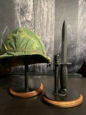 Us-M7 Bayonet Stand - Display Stand for Vietnam Era bayonets (1964-present)