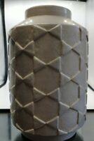 2017 ceramic vase hand-formed watertight vase Target modern cream white color