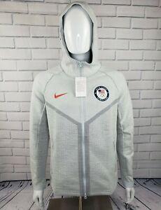 Nike Tech Pack Windrunner Team USA Gray Jacket - Men's size Medium (CT2798-043)