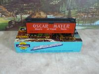 Athearn # 5209 Oscar Mayer 40ft Scribed Reefer 1/87 HO
