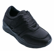 black trainers for nurses