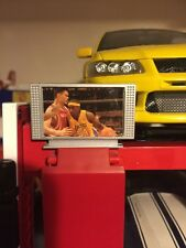 1:18 Garage Office Diorama Flat Screen TV 1/18