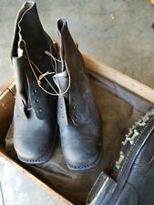 BRITISH/AUSTRALIAN ORIGINAL ARMY LEATHER BOOTS WITH CLEATS