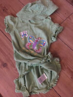 Marks & Spencer 3-6 months 2 part Butterfly babygrow and hat