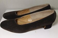 MANOR BOURNE FOR MAGNIN CO. WOMENS BROWN SUEDE PUMPS SZ 8.5 AAAA VTG 50's/60's