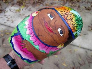 Tarrali Folk Primitive Moana Like Hawaiian Women Figure Hand Painted Shell