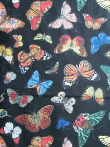 100/% Cotton Fabric Butterflies-Red /& DIY Crafts Single Fat Quarter Great for Quilting Sewing