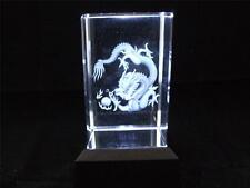 Láser de cristal de vidrio sólido bloque y caja de luz blanca dragón.
