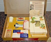 NEW REMCO KIDDY MEDICINE CHEST - COMPLETE - GORGEOUS CONDITION (1952) CRISP BOX
