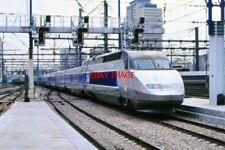 PHOTO  FRANCE TGV PARIS MONTRAPARNASE 1990