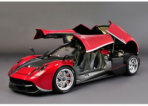 1/18 Scale Pagani Huayra Red Diecast Car Model Toy Collection GT Autos
