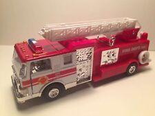 SONIC FIRE ENGINE FIRE DEPT. TRUCK W/ SIREN SOUND PULL BACK ACTION Diecast #4589