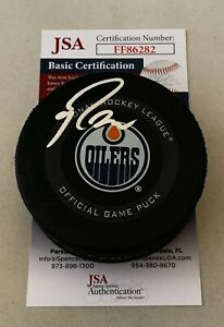 Ryan Nugent-Hopkins signed Edmonton Oilers Official Game Puck autographed JSA