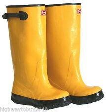 "Boss 2KP448112 Size 12 Yellow 17"" Heavy Duty Over The Shoe Rubber Knee Boots"