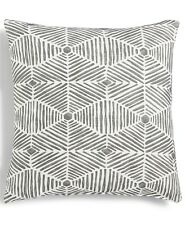 "Hallmart Collectibles Grey Geo Textured 18"" Square Decorative Pillow E91107"
