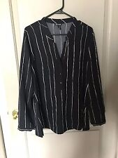 Nic & Zoe Women's Blue Striped Modern Lines Blouse Size Large NEW