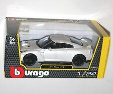 Burago - 2017 NISSAN GT-R (White) - Model Scale 1:24