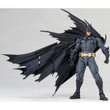 DC Comics Amazing Yamaguchi Revoltech No.009 Batman Action Figure Boy Kid Gift