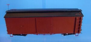 On30 BACHMANN SPECTRUM 27099 BOX CAR OXIDE RED, PAINTED UNLETTERED