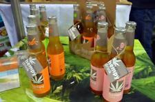 Photo.  Sanddorn-Hanf Saft - cannabis sativa