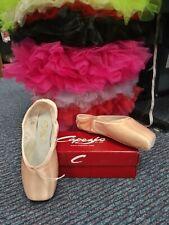 Capezio Glisse 102ES Pointe Shoes