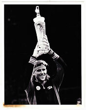 BJORN BORG 1ST PLACE TROPHY GRAND PRIX MASTERS ORIGINAL AP WIDE WORLD 7X9 PHOTO