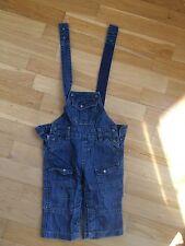 Süße Latzhose Vertbaudet Gr. 68 6-9 Monate Jeans Jeans-Latzhose Hose
