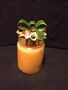 New Empire Holiday 23oz Candle & Ceramic Decorative Jar Lid Topper Butter Rum
