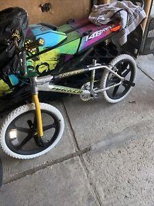 "Torker Mid Old School Tr 5.5 Aluminum Bmx 20"" Mags Bike"